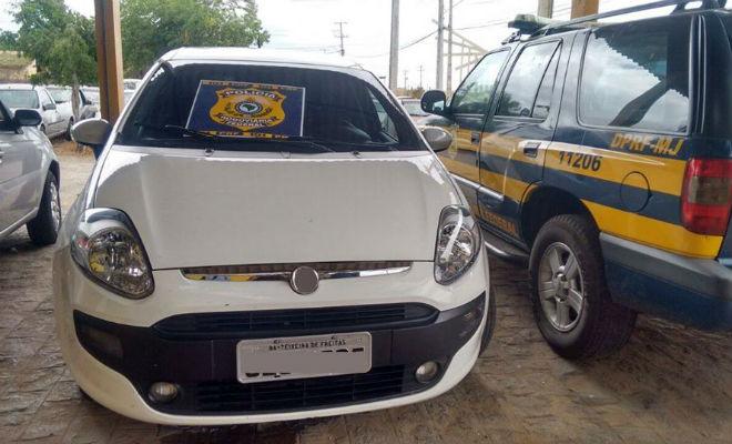 carro roubado em salvador e encontrado em petrolina pe