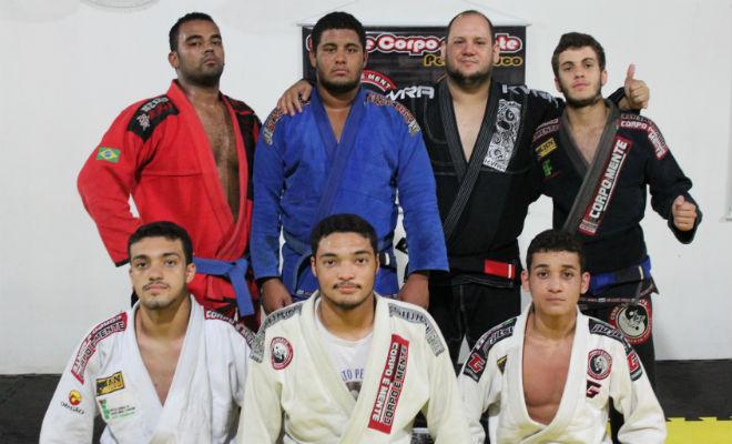 lutadores de jiu jitsu em floresta-pe pernambuco