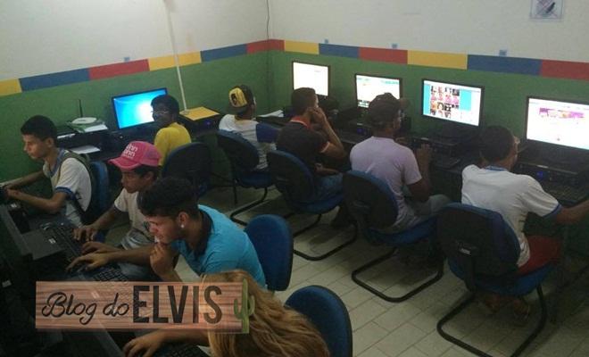 casa das juventudes telecentro internet wifi de graca em floresta-pe
