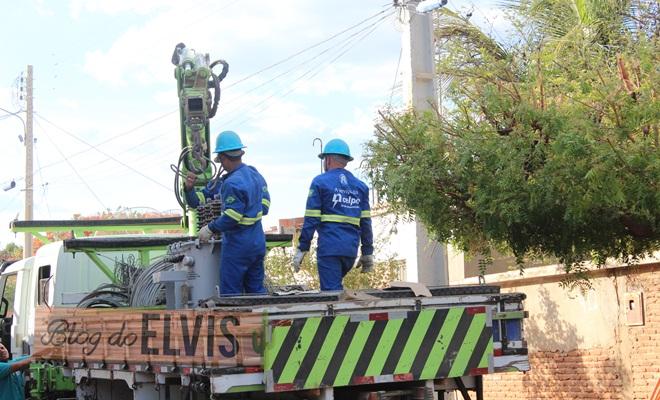 celpe eluminacao rede eletrica energia eletricidade (1)