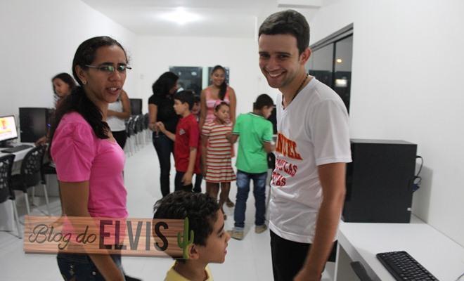 inauguracao emanuel colegio e curso floresta-pe (15)