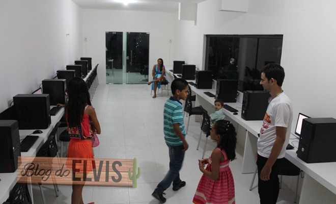inauguracao emanuel colegio e curso floresta-pe (47)