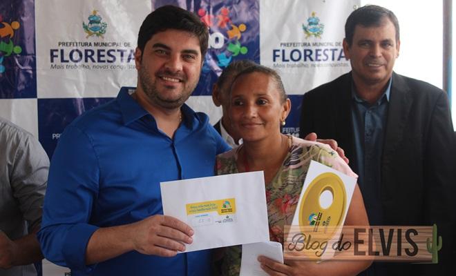 prefeitura de floresta entrega 90 casas do programa minha casa minha vida (10)