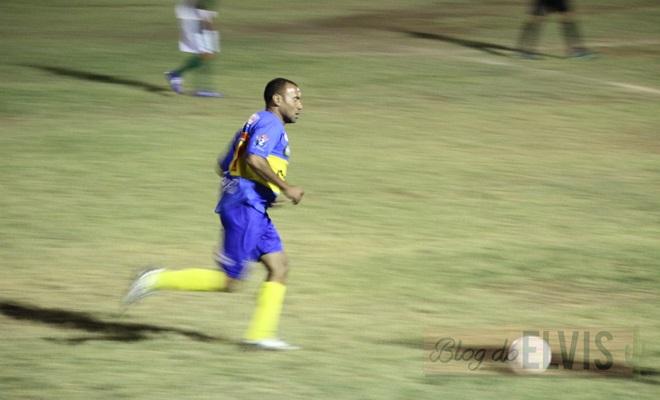 jogo de futebol no estadio joao dioclecio de souza floresta-pe (4)