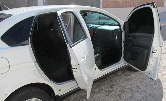 vende-se carro grand siena em floresta-pe (3)